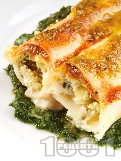 Пълнена паста канелони със сирене рикота, спанак и пармезан в сос бешамел - снимка на рецептата